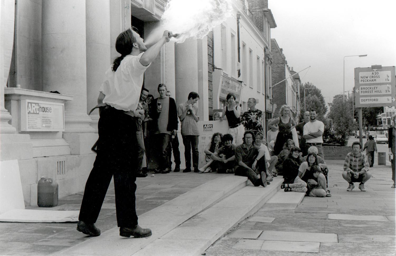 11 Performance 1995