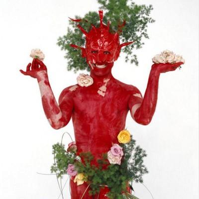 Scallywag, skallywagingtail, série rouge - 2005Scallywag, skallywagingtail, red seriesTirage lambda 130 x 104 cmTirage, Print: 1/3 + 2 EA (2 AP)En association avec Thierry Demarquest